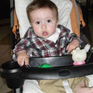 trazimo baby siterku za cuvanje 2 dece u Luxemburgu