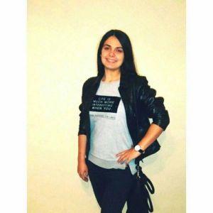 Dadilja - 21g, Beograd, student, vesela, komunikativna, iskustvo u radu sa decom