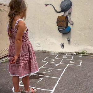 Vrsnjak vaseg deteta brine o njegovoj bezbednosti i pomaze izgradnju individue..