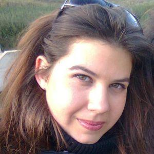 Marija Jovic - Vasem detetu osim brige o njemu mogu da pruzim pomoc oko domacih