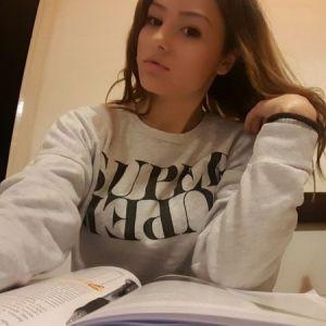 Dadilja - idem u srednju skolu, Beograd, iskustvo u cuvanju dece, strpljiva...