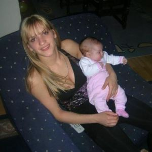 Bebisiterka Tijana - iskusna, 27 god, savesna, brižna, vredna i vrlo odgovorna